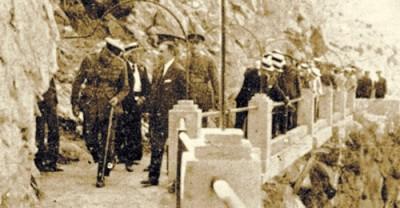Alfonso XIII en el Caminito del Rey (wikipedia.org)