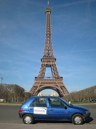 Uno de los coches de Skyhook en París