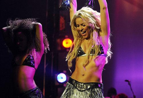 Shakira en los EMA 2010