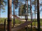 The Mirrorcube, una original casa en el árbol de Tham & Videgård Architects para Treehotel