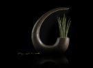 GreenLantern, el macetero LED de NudeLab en madera líquida