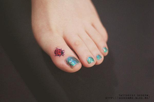 Tatuaje minimalista de Seoeon