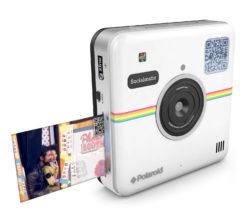 Socialmatic, vuelve la mítica Polaroid para dejarnos imprimir o compartir en redes sociales con sólo pulsar un botón.